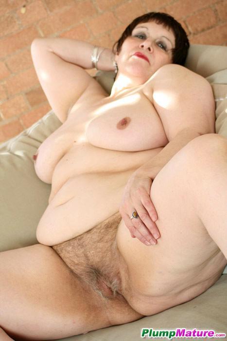 mature plump suck